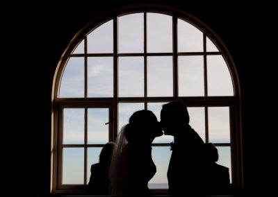 Worthing-West-Sussex-Wedding-Dome-Kiss