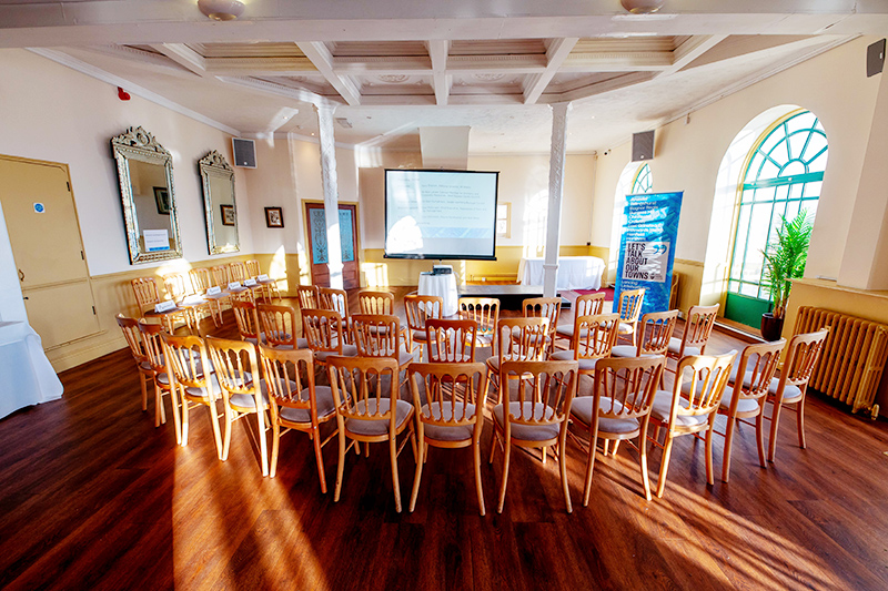 Seaside Meeting Space In Worthing, West Sussex